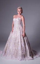 Strapless A-line Lace Tulle Ball Gown With Appliques And Court Train