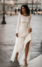 Elegant Lace Sheath Scoop Neck Long Sleeves Wedding Dress