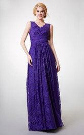 Long Lace V-Neckline Country-Inspire Floor-Length Bridesmaid Dress