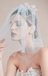 Korean Style Short Bridal Veil with Beads