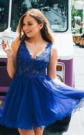 V-neck Tulle Lace Sleeveless Short Homecoming Dress with Beading and Ruffles