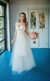 Sweetheart A-line Criss-cross ruched Wedding Dress With detachable Tulle skirt
