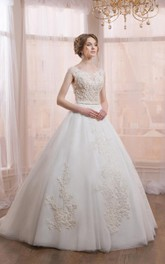 Scoop-neck Sleeveless Tulle Ball Gown With Appliques And Illusion back
