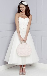 Sweetheart Tea-length Tulle A-line Dress With Appliques