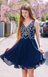 V-neck Chiffon Sleeveless Short A Line Homecoming Dress with Beading