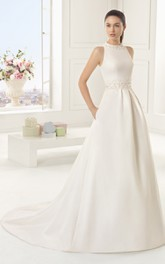 Sleevless High-Neck Dress With Pockets And Decorative Bow