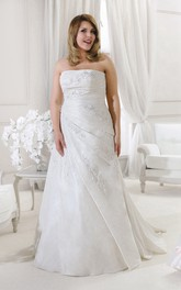 Strapless side-ruched A-line Satin Gown With Appliques