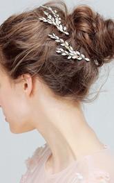 A Pair of Handmade Leaf Style Hair Combs