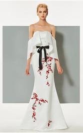 Elegant Satin Mermaid Strapless Bat Floor Length Dress with Applique