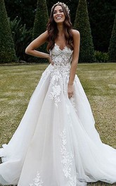 Strapless Sweetheart Lace Tulle Court Train Ball Gown Wedding Dress with Appliques