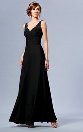 V-neck Sleeveless Chiffon Ruched Bridesmaid Dress With Lace