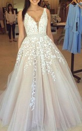 V-neck Lace Tulle Sleeveless Floor-length Appliques Beading Pleats Embroidery Dress