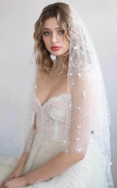 Romantic Fingertip Tulle Wedding Veil with Pearls