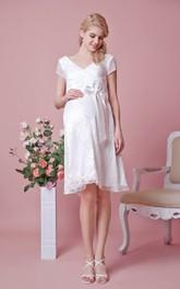 Knee-Length Belt A-Line V-Neckline Lace Gown