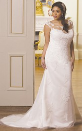 Cap-sleeve Scoop-neck Sheath plus size wedding dress With Appliques