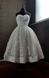 Appliqued Bow Wedding Tea-Length Cute A-Line Gown