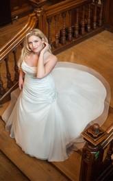 Sleeveless Rhinestone Long Trumpet Court-Train Gown