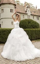 Cascading-Ruffled Sleeveless Sweetheart Long Gown
