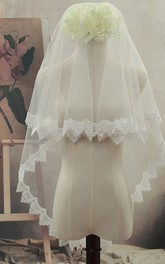 Simple Style Triangular Short Wedding Veil with Lace Edge