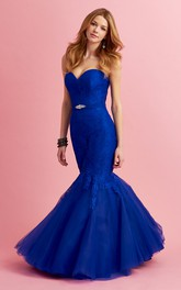 Trumpet Tulle Appliqued Full-Length Sweetheart Sleeveless Strapless Lace Dress