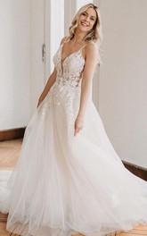 Ball Gown Spaghetti Lace Tulle Floor-length Sleeveless Backless Wedding Dress With Appliques