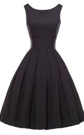 Midi-Length Pleated A-Line Sleeveless Dress