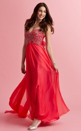 Sweetheart Ruched long Prom Dress With Beading And strapped train