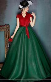 A-Line V-Neckline Ball-Gown Princess Sleeveless Short-Sleeved Dress