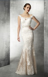 Scoop-neck Cap-sleeve fishtail Lace Appliqued Wedding Dress With Beading And Court Train