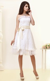 Bow Appliques Short-Midi Strapless Dress