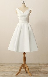 Short V-Neck Pleats Beading Appliques Satin Dress