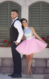 Sleeveless A-line Short Mini Halter High Neck Pleats Tulle Sequins Homecoming Dress