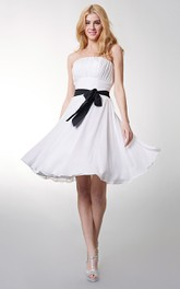 Chiffon Bow Empire Strapless Short Bridesmaid Dress
