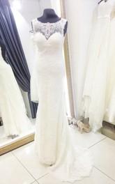 Sleeveless Deep-V Back Scoop-Neck Column Lace Dress