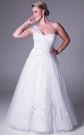 One-shoulder Sleeveless Tulle plus size Dress With Ruching And Appliques