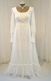 Chiffon Long-Sleeve Vintage Wedding Gown
