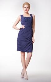 Short Lace V-Back Chiffon Modern Column Dress