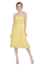 Tea-Length Pleated Sleeveless Sweetheart Chiffon Dress