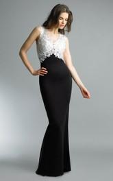 V-Neckline Satin Floor-Length Trumpet Illusion Sleeveless Dress