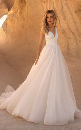 Sleeveless V-neck Tulle A-line Wedding Dress With Button Details And V-back
