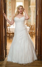 Strapped Criss-cross ruched Lace plus size wedding dress With Beading
