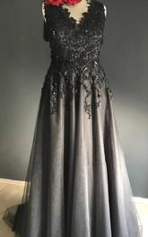 Floor-length V-neck Black Wedding Dress Sheath Sleeveless Zipper Deep-V Back With Appliques Lace Sequins
