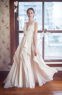 Chiffon Lace Top Sleeveless V-Neckline Dress