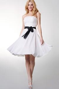 Chiffon Bow Empire Strapless Short Bridesmaid Dress