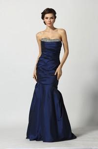 Floor-length A-Line Sweetheart Sleeveless Taffeta Prom Dress with Beading and Ruching