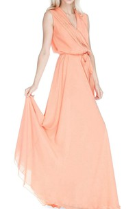 V-neck Floor-length Gwon With Sash and Ruching