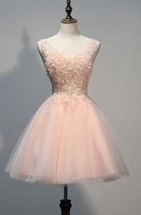Tulle Appliqued Beaded Short Lovely Homecoming Dress