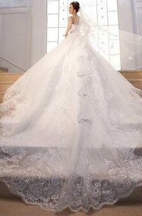 Ball Gown Court Train Sweetheart Sleeveless Lace Dress with Beading