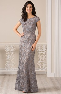 Scoop-neck Short Sleeve Sheath Lace Mother of the Bride Dress