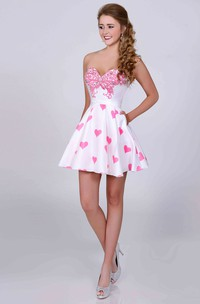 Cute A-Line Sweetheart Mini Prom Dress With Crystal Detailing